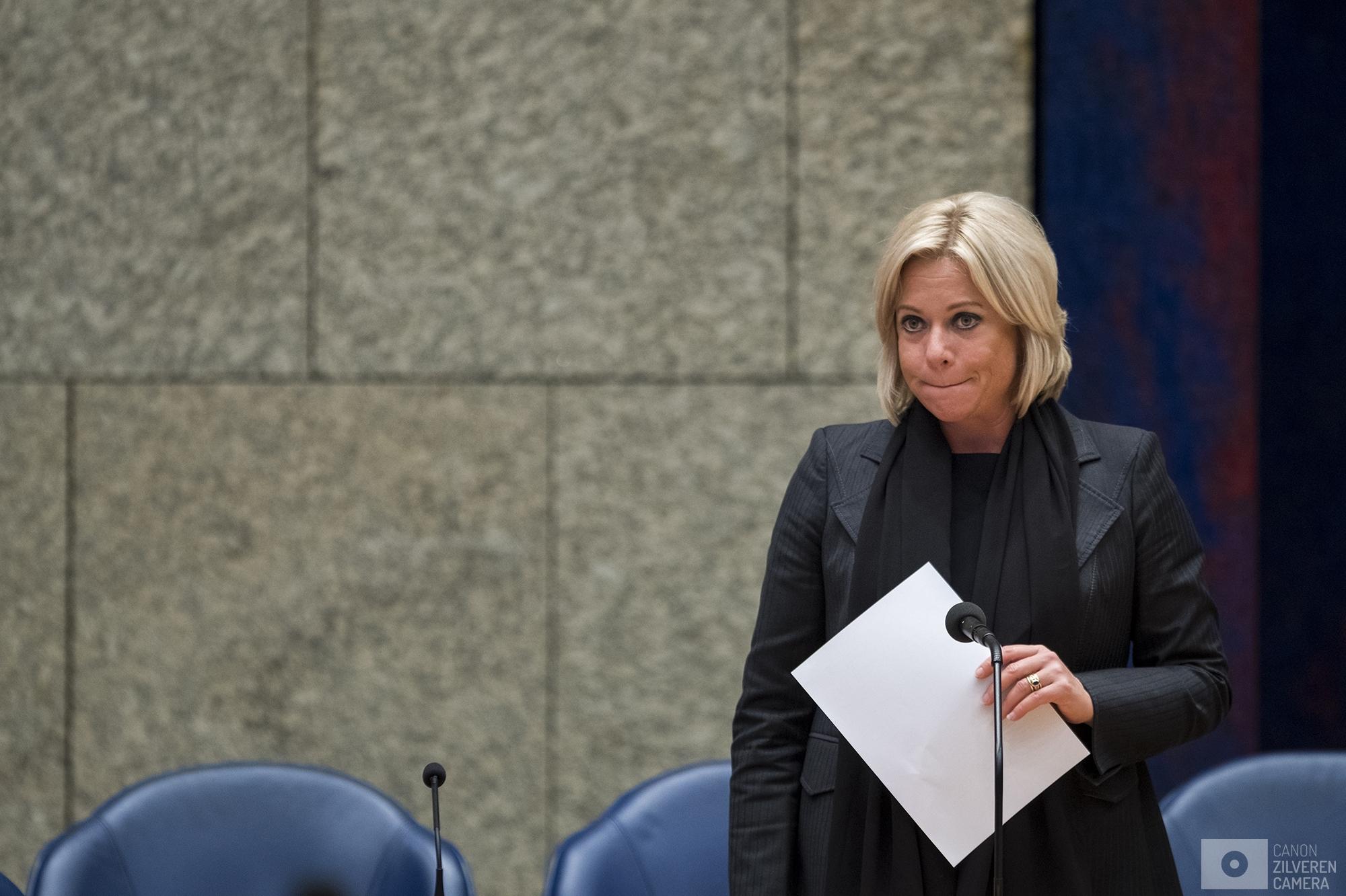 Nederland, Den Haag, 03102017- Minister van Defensie Jeanine Hennis-Plasschaert verantwoordingsdebat. Foto: David van Dam