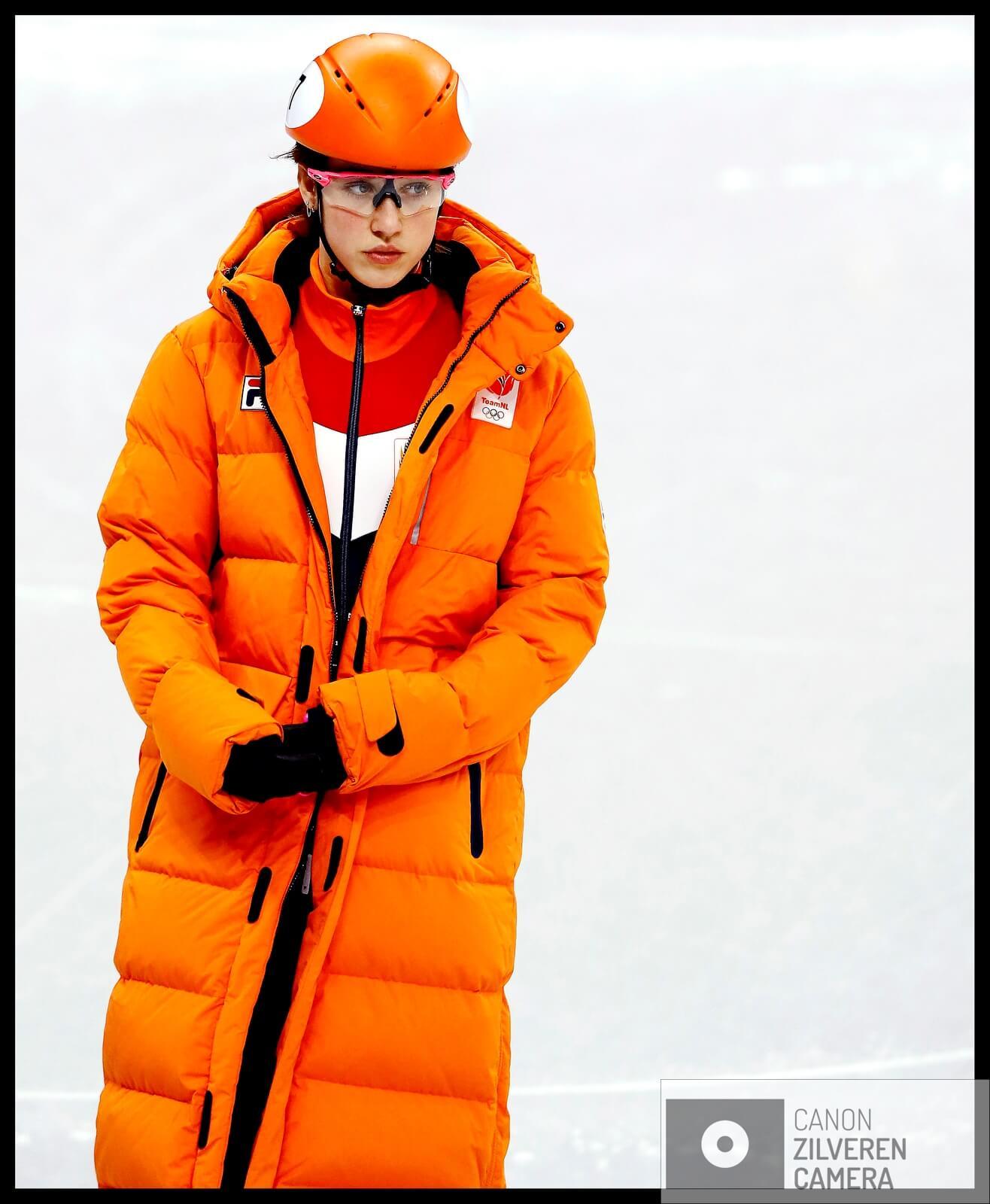 Serie Suzanne Schulting; Van Olympische val tot Sportvrouw van het Jaar. Olympische Winterspelen 2018Zuid-Korea, Gangneung, 06-02-2018FOTO 2Het gezicht van Suzanne Schulting verraad de spanning  voorafgaand aan haar eerste heat op het Olympische ijs.