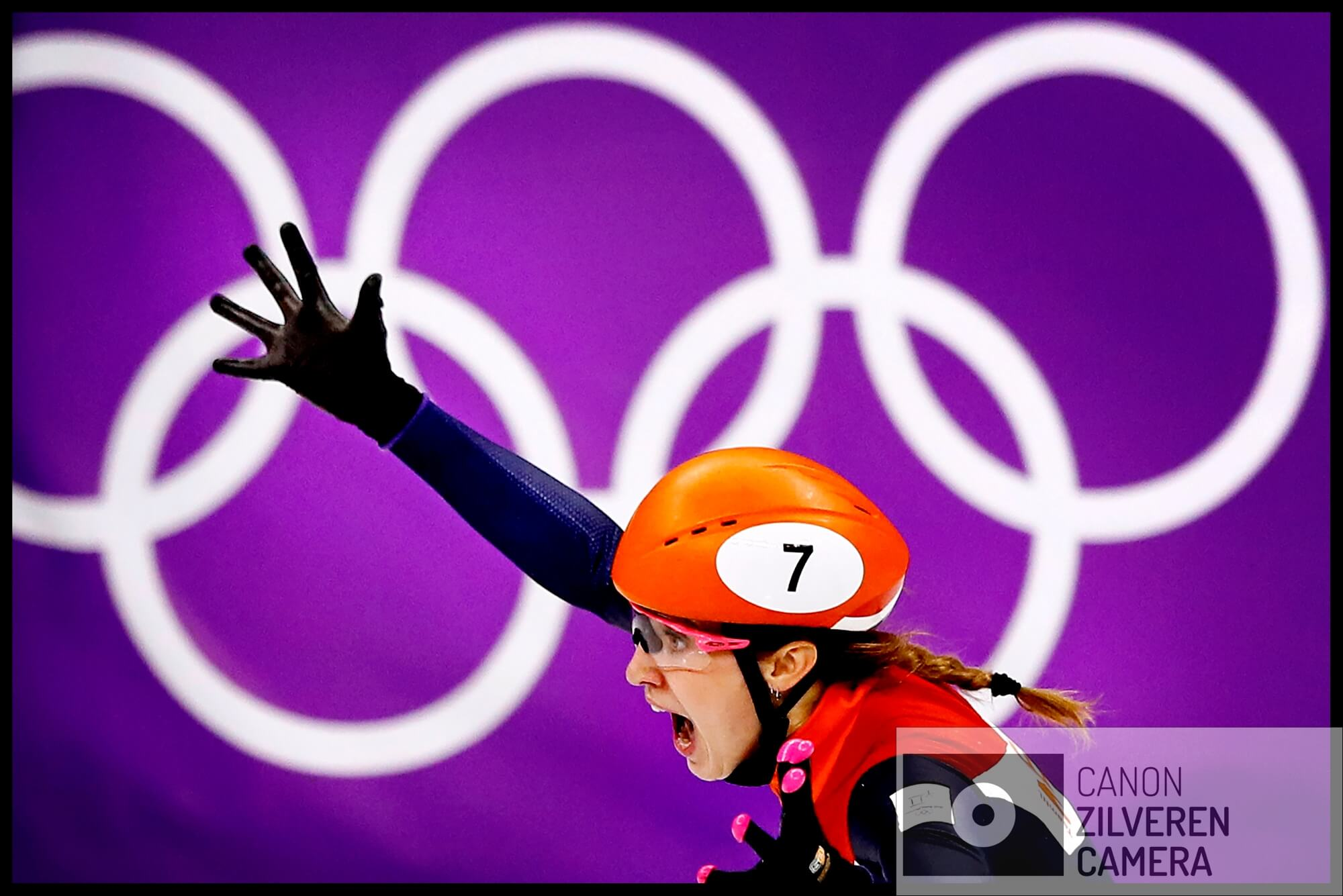 Serie Suzanne Schulting; Van Olympische val tot Sportvrouw van het Jaar. Olympische Winterspelen 2018Zuid-Korea, Gangneung, 22-02-2018FOTO 6Met de armen wijd, een blik vol ongeloof en blijdschap passeert Schulting de finish. Zij is de nieuwe Olympisch kampioene op de 1000 meter.