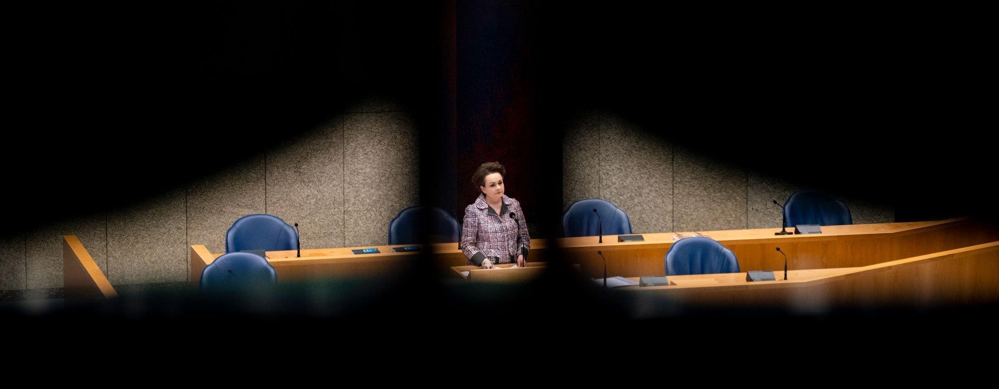 1-Politiek-s-David-van-Dam-Ongekend-onrecht-003